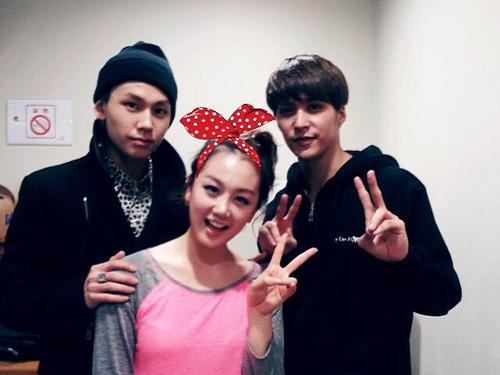 [TWITTER] 20.01.2013 JOO + photo avec son frère Ilhoon et Dongwoon de BEAST