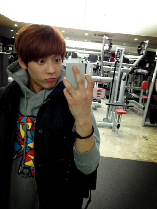 [TWITTER] 04.04.2013 Minhyuk