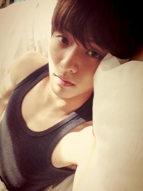 [TWITTER] 27.04.2013 Minhyuk