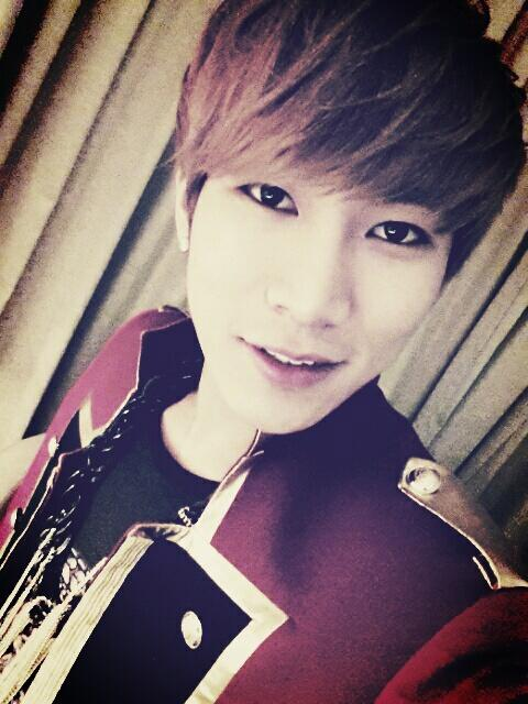 [TWITTER] 07.04.2013 EunKwang