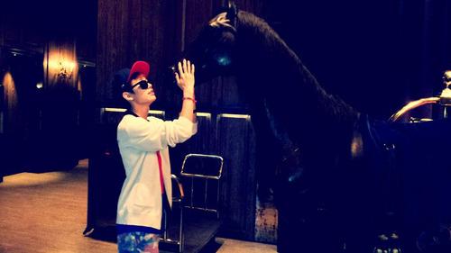 [TWITTER] 28.05.2013 IlHoon