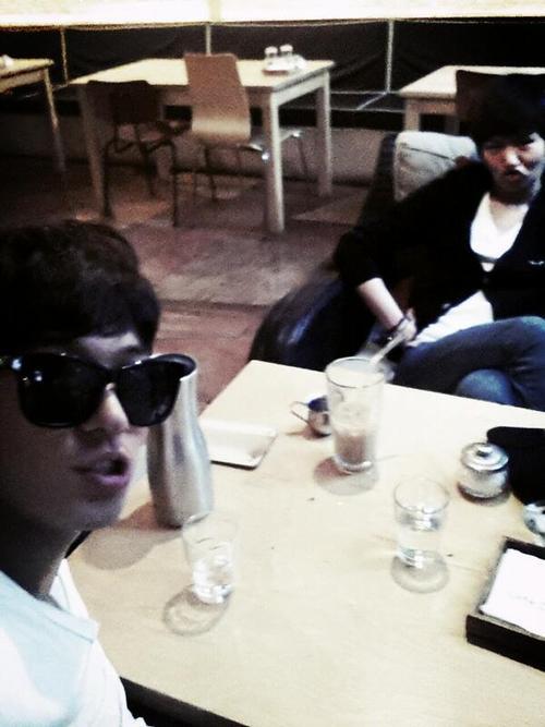 [TWITTER] 04.06.2013 Baek Seung Heon avec Changseob