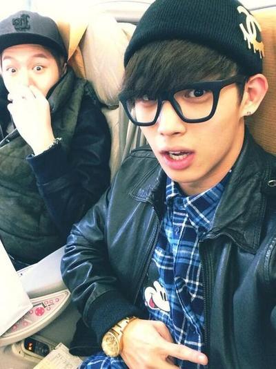 [TWITTER] 29.12.2013 Hyunsik